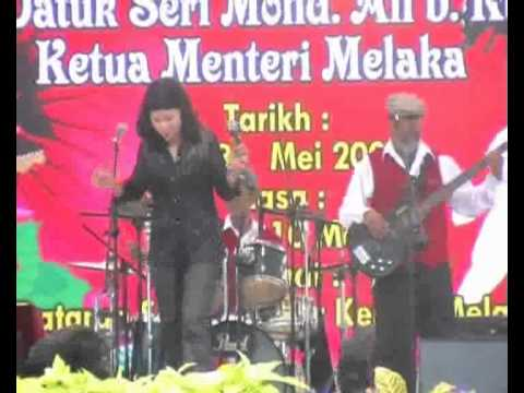 Sometimes Group  Pertandingan Lagu 60an. Part 1 video