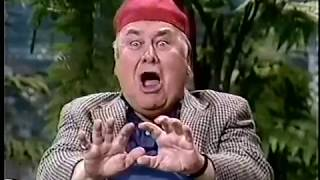 Jonathan Winters dazzles Johnny with Weird Hats & Characters