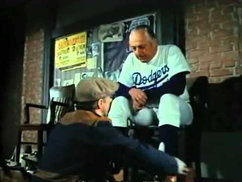 Tommy Lasorda on Police Squad!