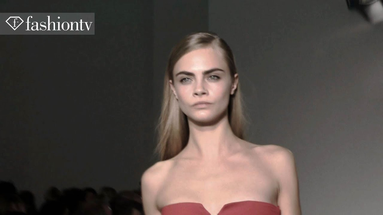 Cara Delevingne: Top Fashion Week Model