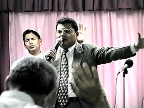 Evang. Neftaly Alvarenga, Ministrando En La Iglesia A. Y P. Ef. 2:20 Vid-1