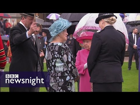 The Queen and China: Mark Urban discovers intriguing new details - BBC Newsnight