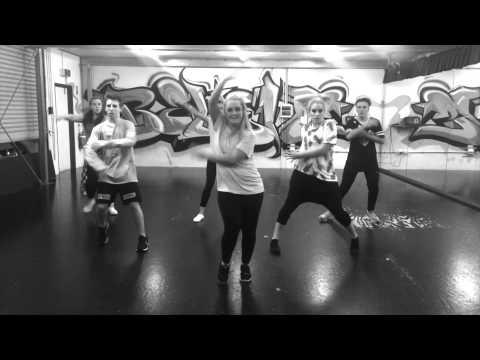 Student Choreography Week 4    Nicola Faulkner