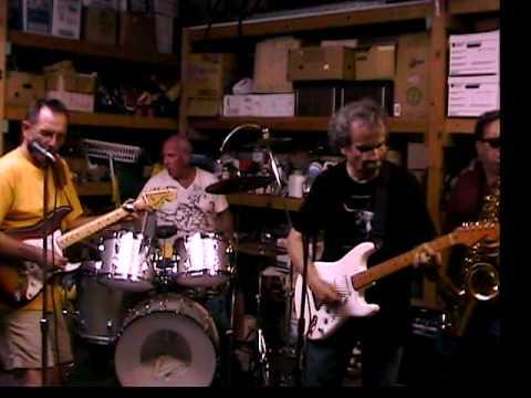 BEAVER SHOT!   ---The Periscopes 2009