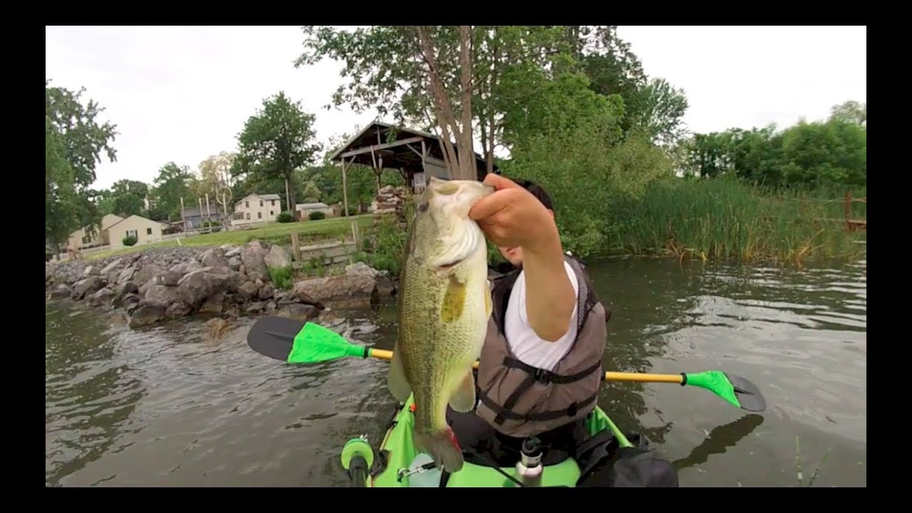 Cayuga lake bass fishing youtube for Finger lakes fishing report