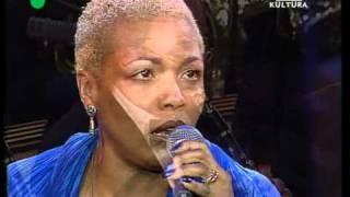 Watch Dee Dee Bridgewater My Heart Belongs To Daddy video