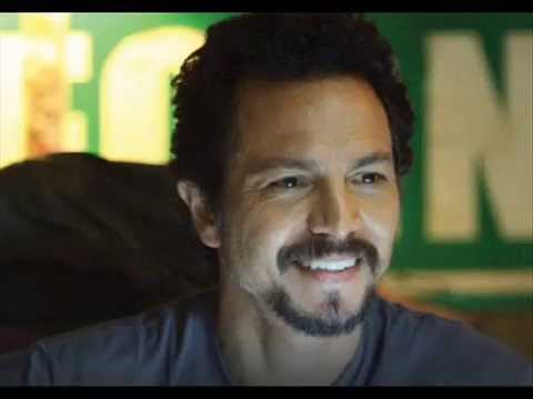 Benjamin Bratt Video