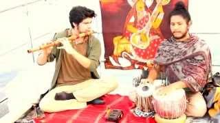 Música hindú sobre el río