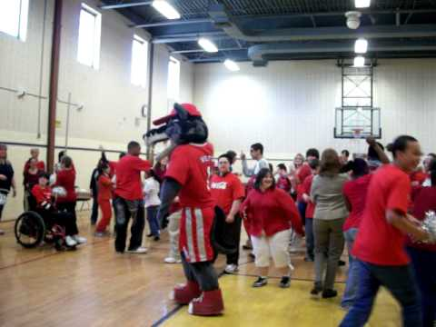 Wolfie & Friends Attend the Brookhaven Learning Center (BLC) at Samoset Middle School Spirit Day!