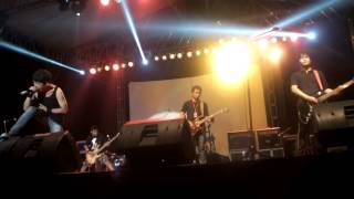 rosarius adoration (live at Djarum Super Rock Concert )