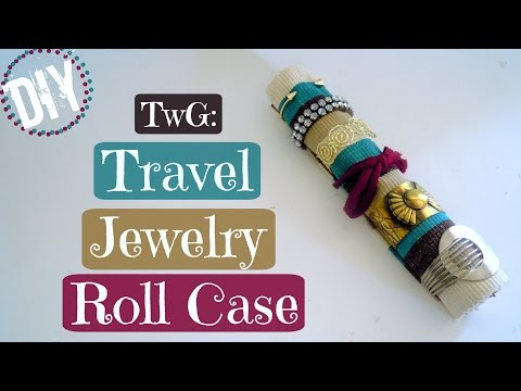 Traveling with a Glue Gun: DIY Travel Jewelry Roll Case