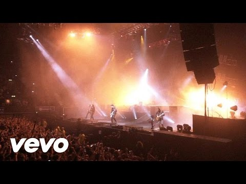 You Me At Six - The Swarm (Live @Wembley Arena)