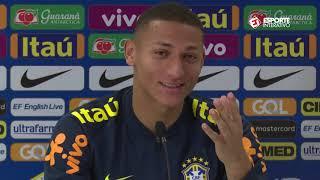 """RICHARLISON: """"MEU TIO ME REPROVOU EM ARTES"""" - COLETIVA SELEÇÃO BRASILEIRA"""