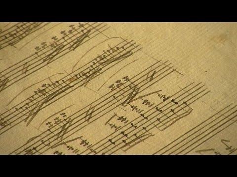 Descubren partituras perdidas de Mozart