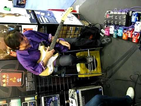 Carl Verheyen Gear Providence Flame Drive Stampede Overdrive Chrono Delay NAMM 2011
