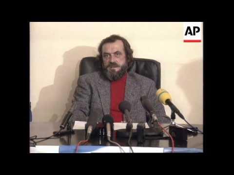 SERBIA: BELGRADE: CLEAN UP FOLLOWING VIOLENT DEMONSTRATIONS