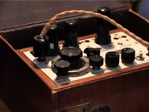 WW2 SPY RADIO SET DEMO (paraset) from the Secret Wireless War DVD