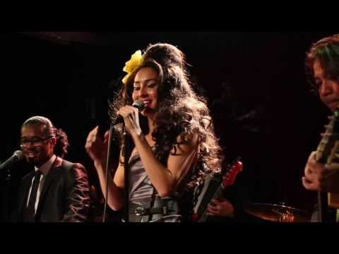 "Missus Jones ""Rehab Live"" Amy Winehouse cover"