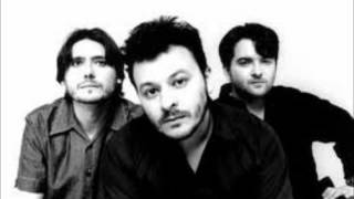 Watch Manic Street Preachers Crucifix Kiss video