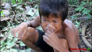 Primitive Technology - Eating delicious - Awesome cooking octopus on a rock