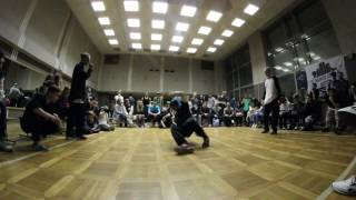 "bboy SOFT & bboy Jino (SKY MOVE) VS. bboy Mikz & Bboy hamsta (Rangers Squad) - ""WHO IS WHO?"" 2017"