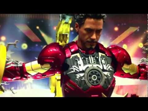 Hot Toys - Iron Man Suit Up Gantry with Mk4 + My Iron man Collection