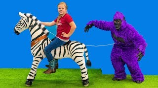 Gorilla Escape the Zoo and the Assistant Uses her Pony Cycle and Explores her Box Fort