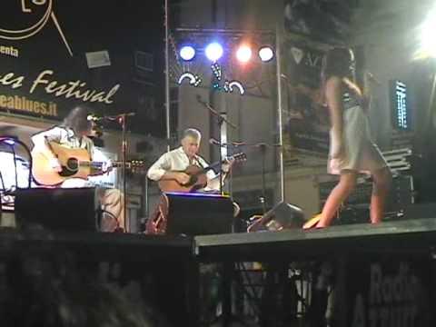 Man Next Door - LIVE @ Tropea Blues Festival 2007