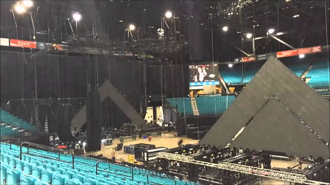 Katy Perry Stage Design
