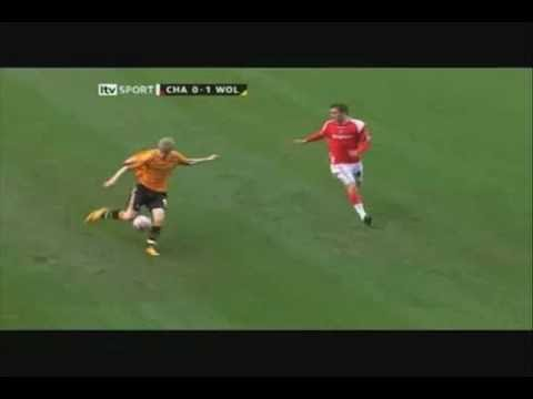 Short video highlighting some great recent goals scored by our beloved Wolverhampton Wanderers.