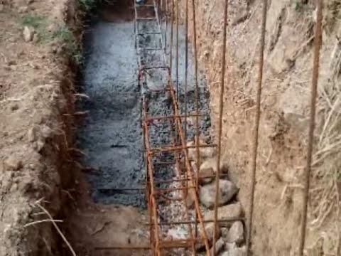 Muro de contención con hormigón y bloques de cemento armados Capítulo I  Video nº 51