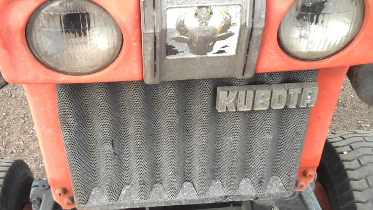 Kubota B6100