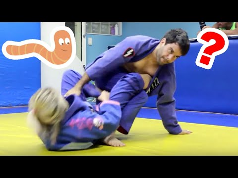 16yo Girl Uses Worm Guard On Black Belt World Champion || In The Gym With Bjj Hacks video
