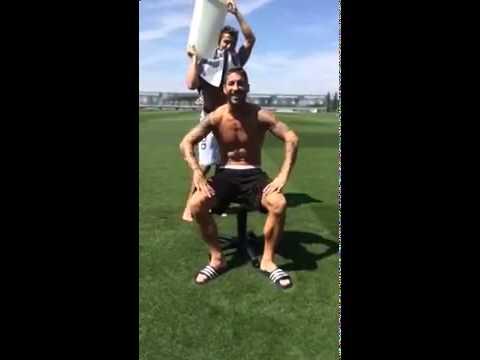 Sergio Ramos Ice Bucket Challenge - Nominates Antonio Banderas , Fernando TORRES and Ancelotti