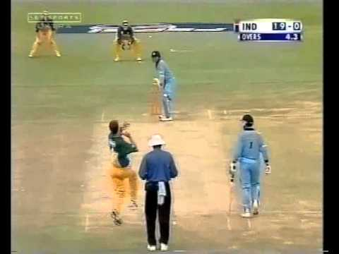 Sachin Tendulkar 38- HAMMERS Glenn McGrath into oblivion-MAGIC ASSAULT FROM THE GOD OF CRICKET