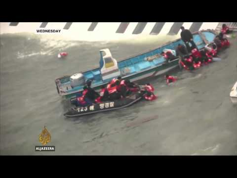 S Korea ferry tragedy death toll rises