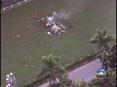 Helicóptero da TV Record cai em São Paulo e piloto morre (10/02/2010)