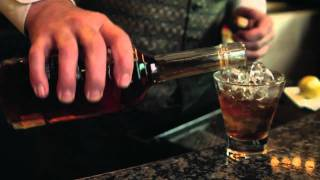 How To Make A New Orleans Vieux Carre Cocktail
