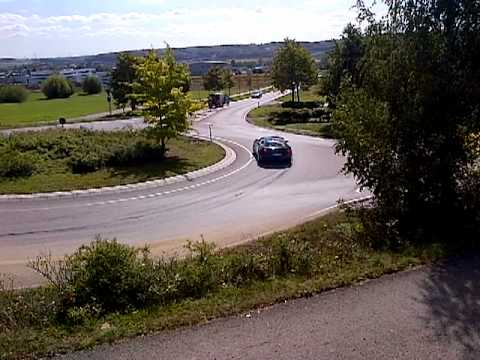 Ferrari ff Drift in Roundabout