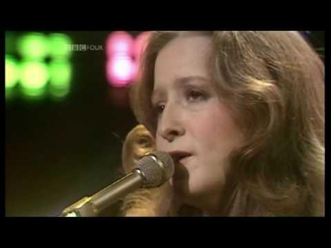 BONNIE RAITT - Love Me Like A Man (1976 OGWT UK TV Appearance) ~ HIGH QUALITY HQ ~