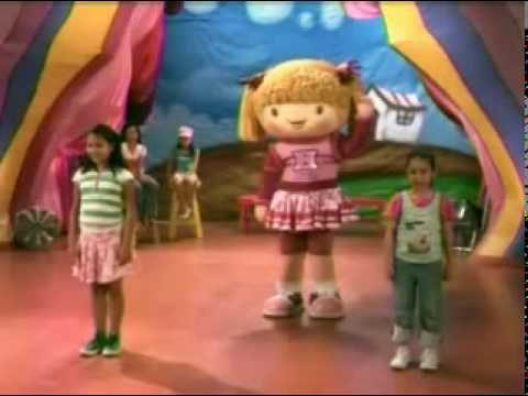 Jollibee, Jollitown Music And Moves video