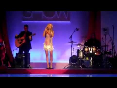 Geri Halliwell  Wannabe Live @ Breast Cancer Care Show