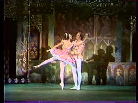 the life of sir anton dolin an english ballet dancer and choreographer Dancer, choreographer, teacher / ballet master,  learning sir anton dolin's giselle with my wife belinda wright,  and later in life she di news.