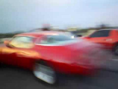 Camaro 68 alterado vs Trans am  turbo