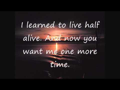 Christina Perri- Jar Of Hearts Lyrics video