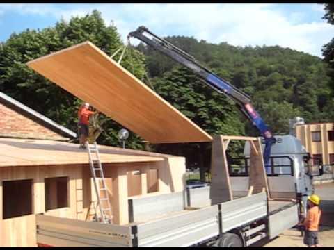 Montaggio casa in legno xlam ad ortignano arezzo prefabbricato di legno amc srl youtube - Casa in prefabbricato costo ...
