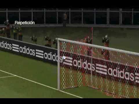 Gol Aguero a los palos
