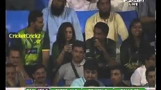 Last two overs - 2nd ODI - South Africa vs Pakistan - 27 November, 2013