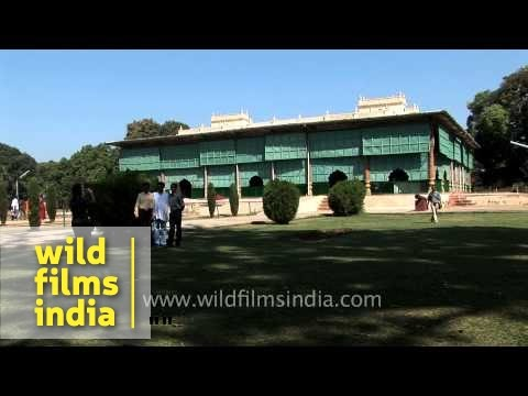 Daria Daulat : Tipu Sultan's Summer Palace At Srirangapatna, Karnataka video