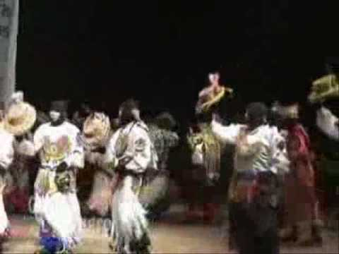 DANZAS DEL PERU-CUSCO-PAUCARTAMBO-QHAPAQ NEGRO:Danza